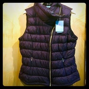 NWT Athleta Featherdry Downabout Puffer Vest